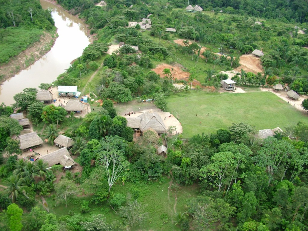 Apiwtxa, the Asháninka do Amônia's village, is seated at the front of their territory in order to keep a close eye on invaders. Photo credit: Apiwtxa Association